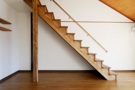 STAIRS / 階段
